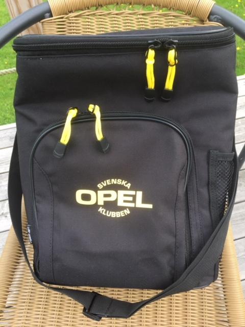 Kylväska med Svenska Opelklubbens logga